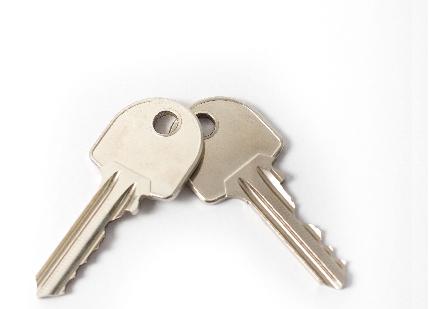鍵屋を豊中・箕面・吹田などの北摂エリアでお探しなら「キーワールド江坂」へ~鍵の交換・取り付け・合鍵の作成承ります~